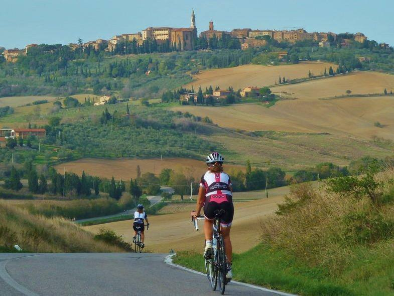 Italy For Fun - Isabella_bici TOSCANA 1.jpg